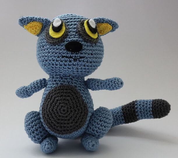 Amigurumi Nurse Free Pattern : Sabrinas Crochet - Free crochet pattern Blue Lemur