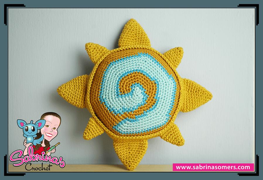 Crochet Sweater Pattern For 18 Inch Doll : Sabrinas Crochet - Hearthstone amigurumi