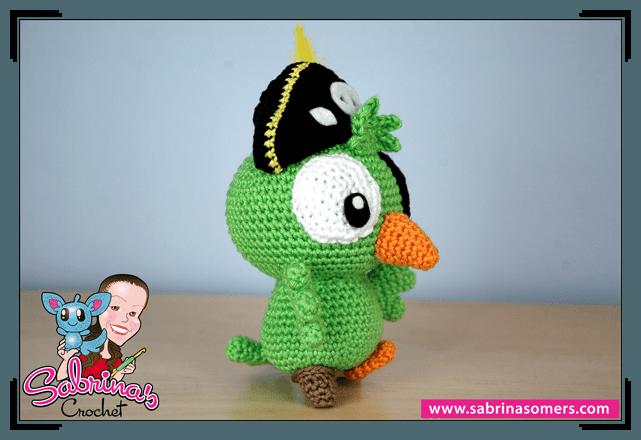 Sabrinas Crochet - Pirate Parrot