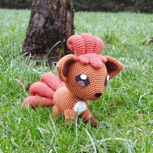 Crochet pattern Vulpix - Pokemon - Amigurumi