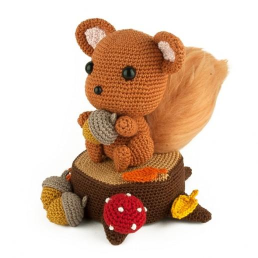 Crochet pattern - Squirrel - Amigurumi