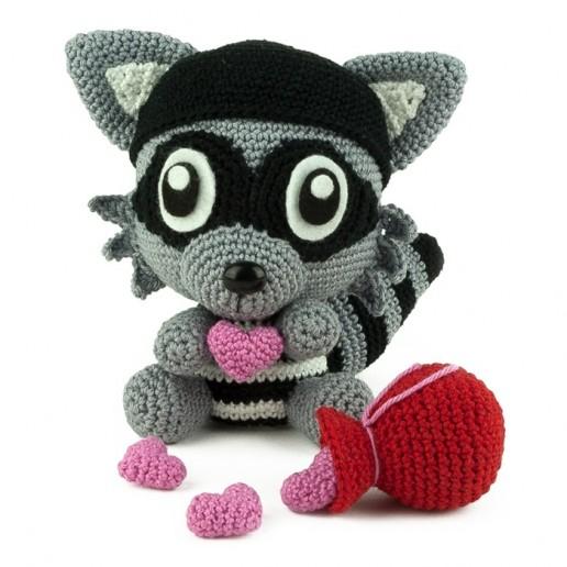 Patron au crochet Bandit d'Amour - Amigurumi