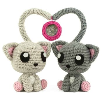 Crochet pattern Purrrfect Pair - Amigurumi
