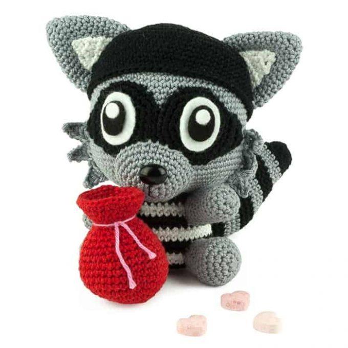 Hæklemønster Kærligheds Bandit - Amigurumi