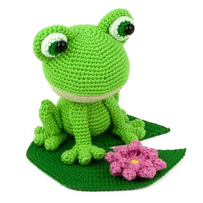 Felix the Frog   lilleliis   700x700