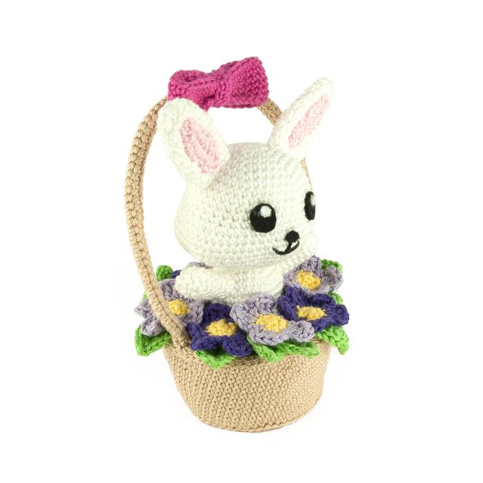 Ragdoll Spring Bunny Free Crochet Pattern • Spin a Yarn Crochet | 700x700